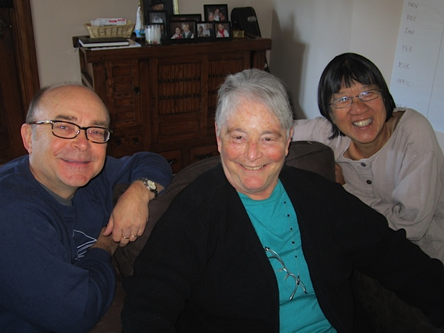 John Nimmo, Louise Derman-Sparks, Debbie LeeKeenan in Living Room